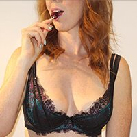 melbourne escort deep french kissing